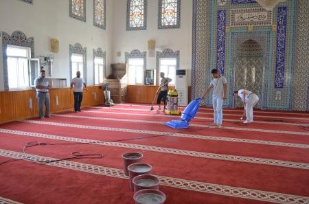 cami temizliği ve bakımı